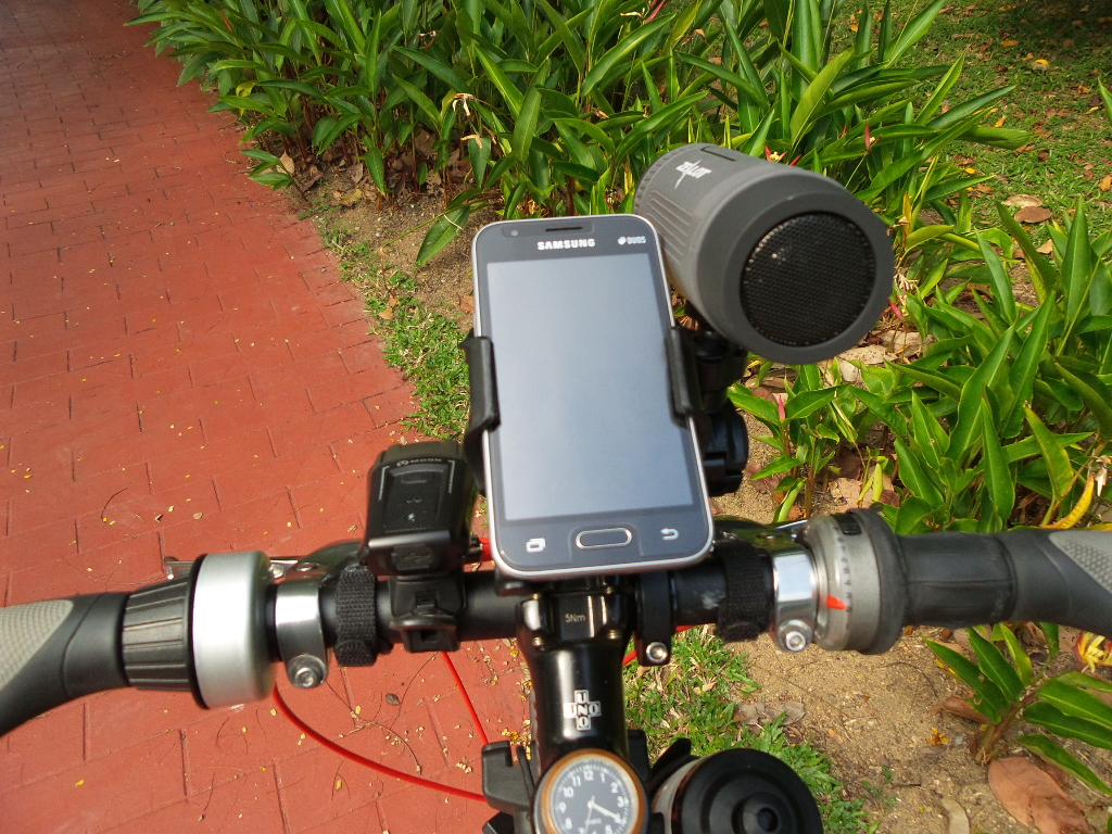 Bluetooth Bike Handlebar Speaker With Portable Battery Bank